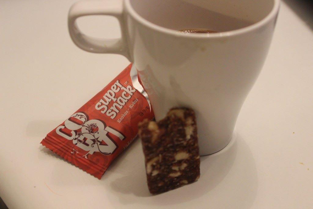 Kuvassa ei pahemmin kahvia näy mutta en voi kuin kehua tuota Cocovin patukkaa!!!
