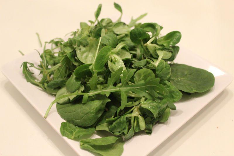 Eikö tämä salaattipohja ole kaunis?