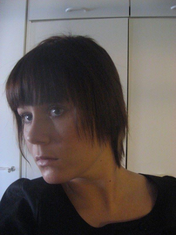 Hiukset kaikista lyhyimmillään, 2009