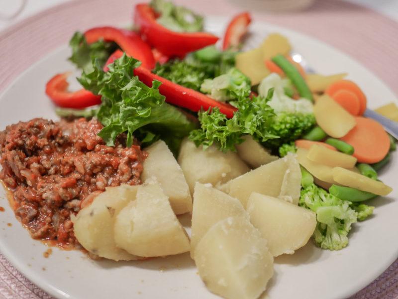 ruoka-annos perunalla