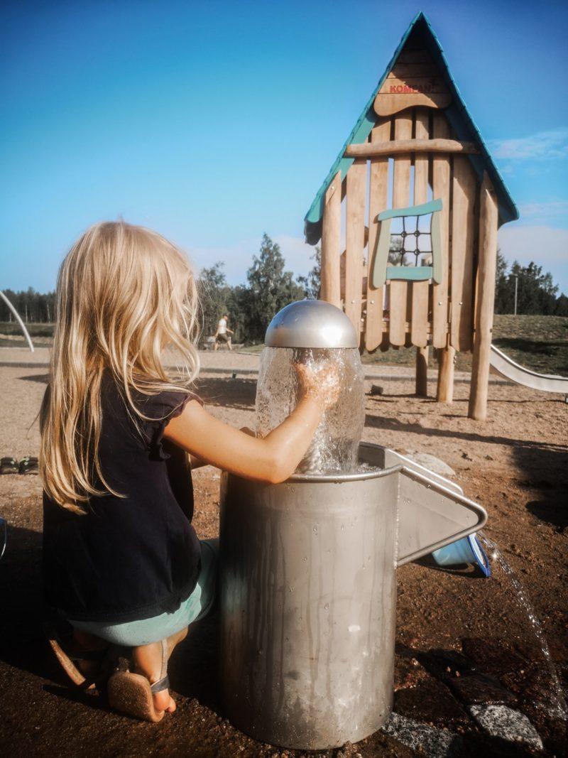 vesileikit vennynpuisto